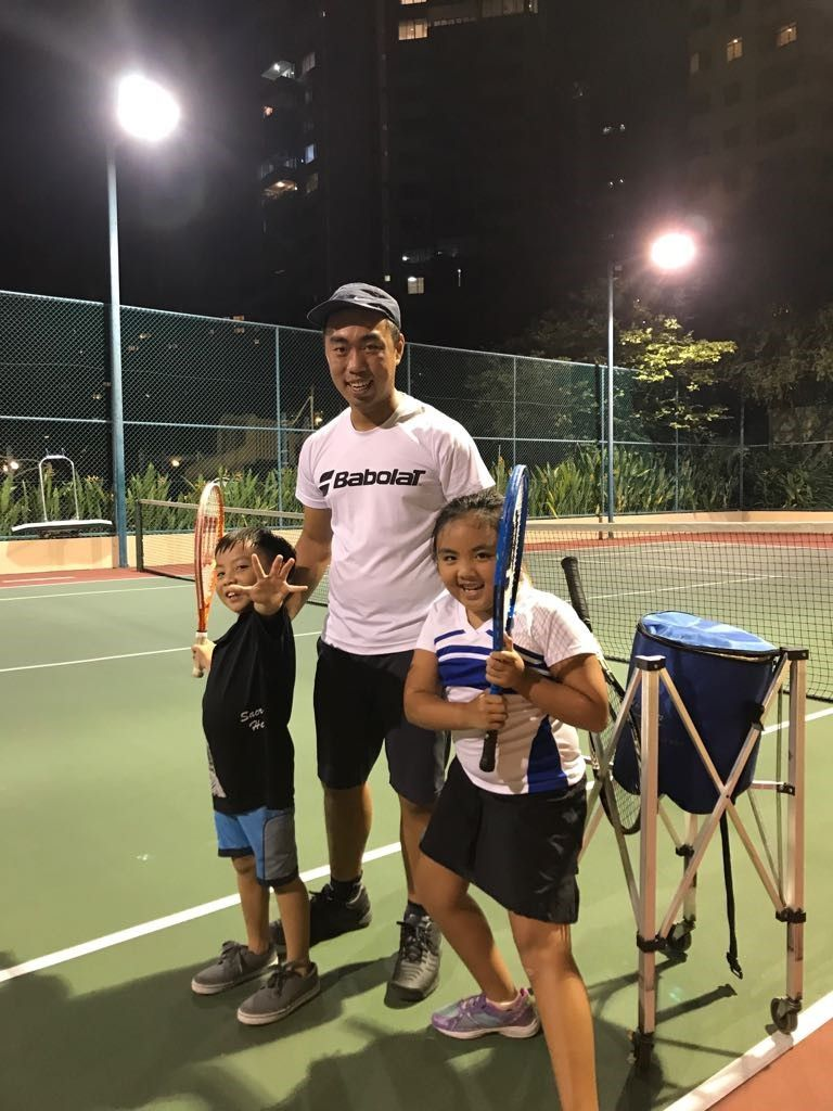 kids-tennis-lessons-in-singapore